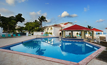 family pools in cancun resort